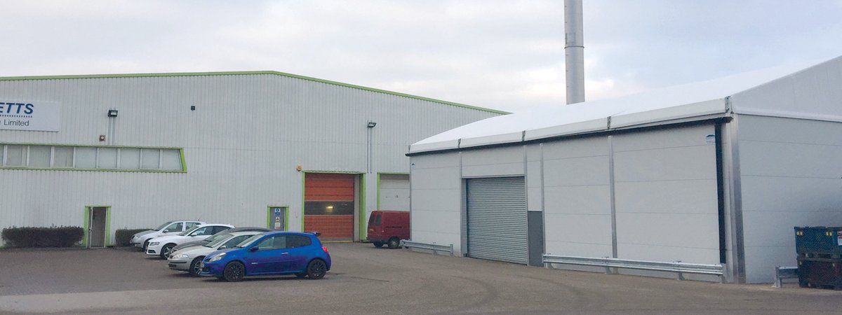Inconvenience of managing stock off-site solved by Aganto temporary buildings